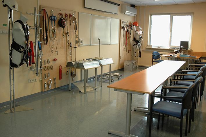 sala szkoleniowa w siedzibie assecuro w łazach koło warszawy