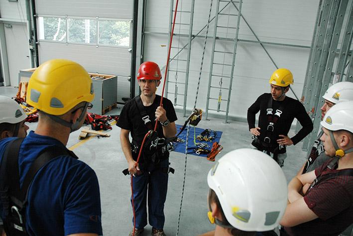 szkolenie pta, hala szkoleniowa w centrali assecuro